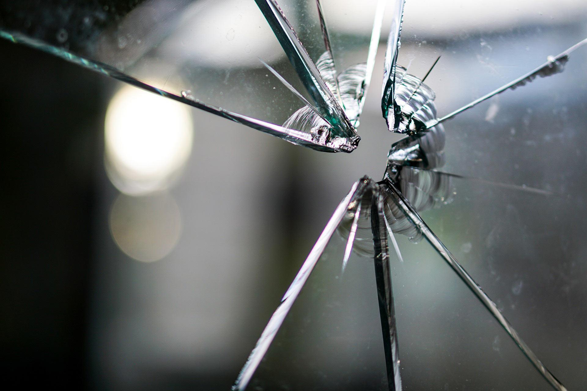 liability insurance damaged window